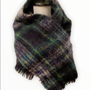 Vintage  tartan mohair wool Scarf  Sandison Sc…